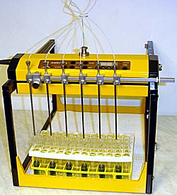 Лабораторная линия розлива жидкостей Lambda Omnicoll