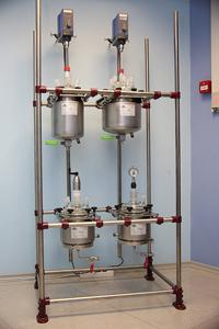 Реакторная установка с нутч-фильтрами