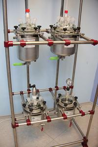 Установка из стальных реакторов и фильтров